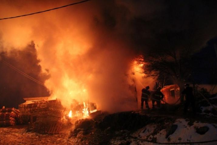 Incendio Indio Yamana  24/05/2012