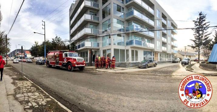 Incendio Torre Marina Cale 12 de Octubre al 300
