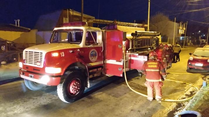Incendio en vivienda de la calle Isla Trinidad 1235