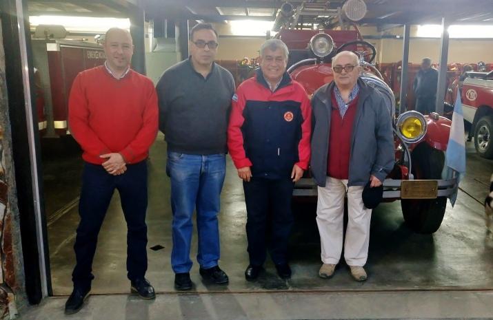 Visita del Presidente del Consejo Nacional de Bomberos, Dn. Carlos Alfonso, a nuestra institución.